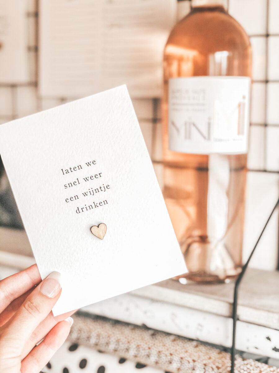 kaart-wijntje-drinken-hout-hartje